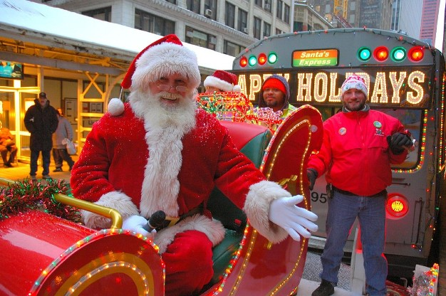 2009_11_19_cta_holiday_train_01