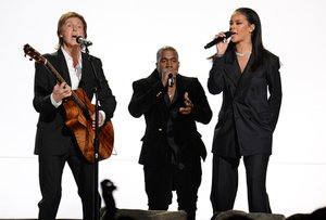 rsz_fourfiveseconds-grammys-1