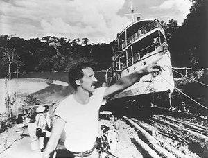 rsz_fitzcarraldo-herzog-pulling-boat-over-mountain