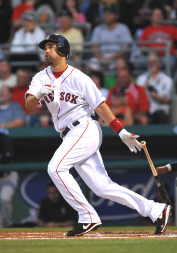 Image of Mike Lowell
